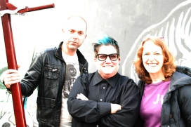 The Whamola (instrument), Simon Little (bass player), Lea DeLaria (singer & comedian) and Rosie