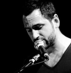 Singer Andrew M Pisanu