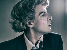 Mark Farrelly playing Quentin Crisp